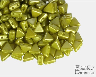 10 g Pastel Lime Kheops par Puca, Two Hole Beads 6x6 mm (9581)