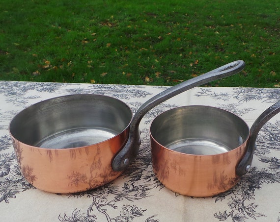 Two 1mm Copper Pans Vintage French Tupperware Tin Lined Quality Copper Chef's Pair Cast Iron Handles Good Rivets 10cm and 12cm 6161