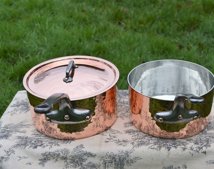 Two 3 mm French Vintage Copper 22cm and 24cm with 24cm Lid Villiedieu Hammered Saucepans Saute Pan Cast Iron Handles
