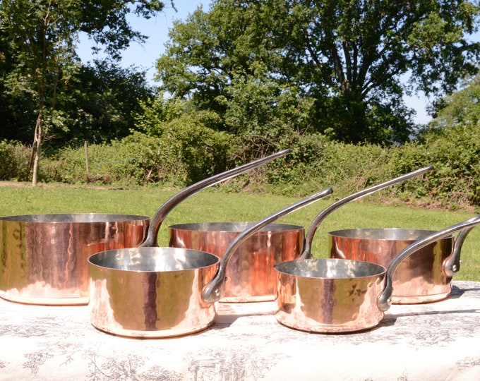 Copper Hammered Pans Five Vintage French 2mm Hammered Copper Pans Cast Iron Handles 6.5 Kilos 14lbs 5.3ozs Quality Copper 7920