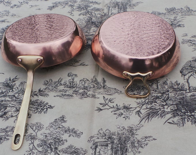 Havard of Villedieu Copper Gratin Pan and Copper Fry Pan French Vintage Copper Bronze Handles Hammered Bases Superb Condition Fully Marked