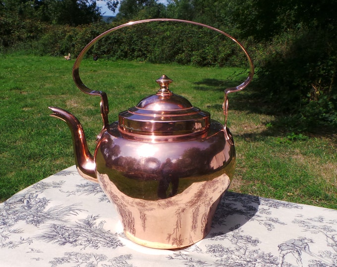 Antique Copper Kettle Massive Chateau French Made Bouloire, French Copper Mounts and Copper Handle Fully Water Tight Quality 6 L 12 US Pints
