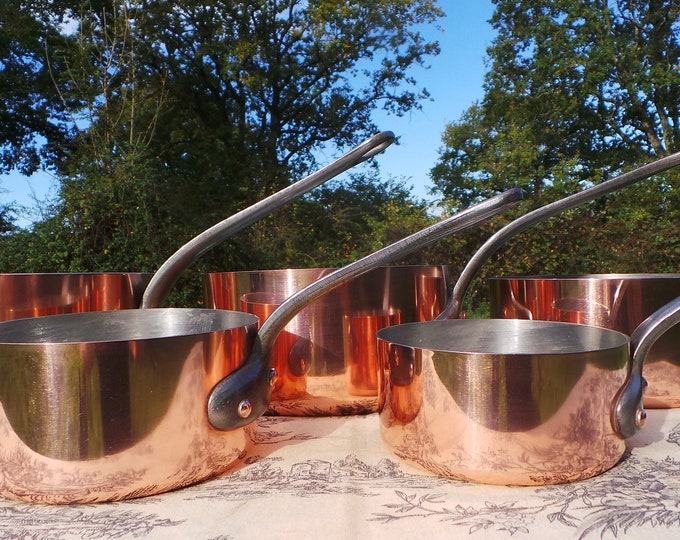 SERIE SPECIALE Five Vintage French Copper Professional Graduated Pans Cast Iron Handles Tin Lined Serie Speciale 12cm-20cm 14lbs 6.5 kilos