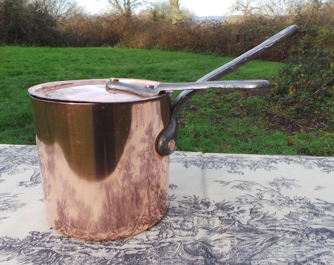 Vintage Pâtissier Pan Solid Copper 1.5mm Pan Cast Iron Handle Tin LIned Saucepan Lid Tall Heavy Quality Hammered Rivets