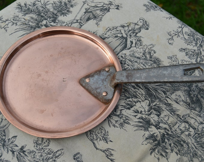 Antique Vintage French Pot Lid Copper Lid Professional Artisan Made Splash Lid Saucepan Lid Cast Iron Handle Tin Lined For 15 cm 6 Inch Pan