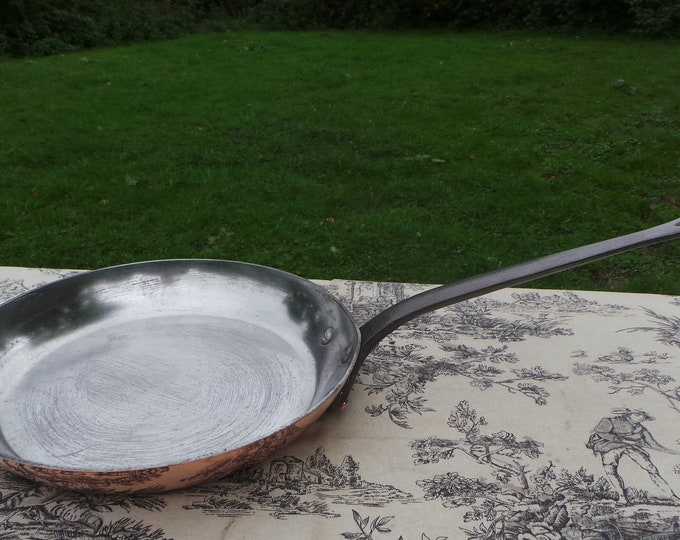 Made in France 2.5mm Copper Frying Saute Skillet Copper Pan Vintage French Copper Big Kitchen Staple Serious Base Scratches