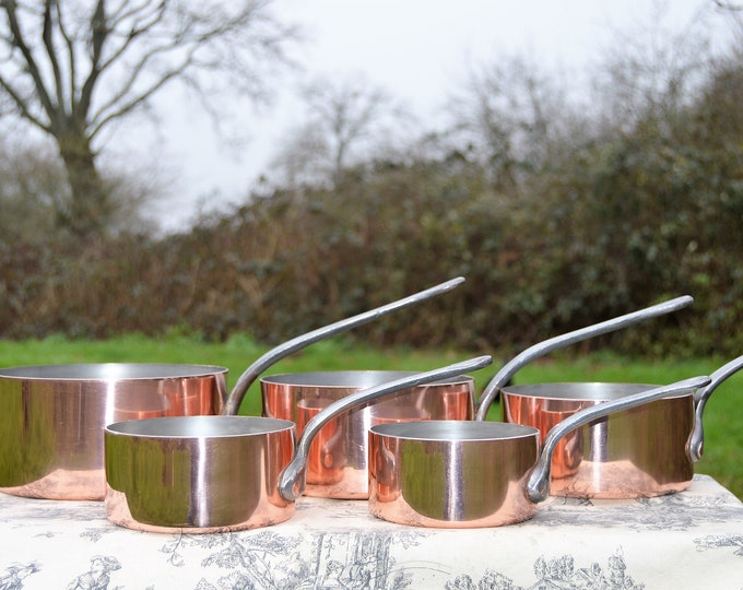 Vintage Copper Pans 1.4-1.6mm Set Five Graduated French Copper Pans Quality Pots and Pans Tin Linings Superb Condition Hammered Rivets
