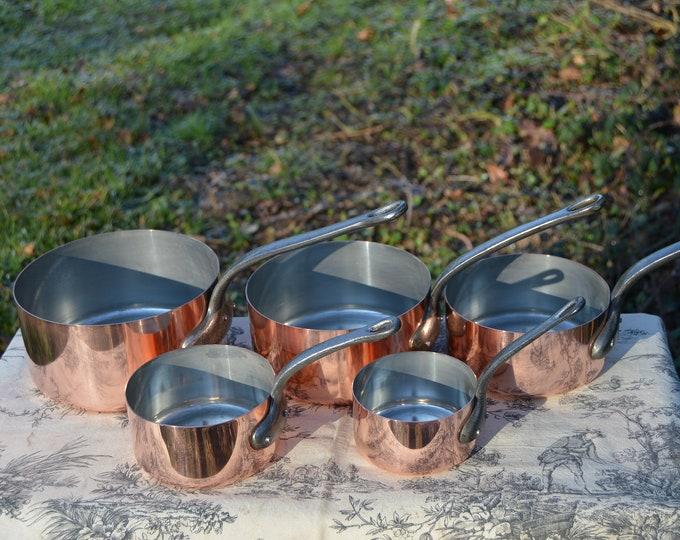 Copper Pans Vintage E France 10-18cm Smaller Set of Five French Copper 0.6-1mm Graduated Pans Cast Iron Handles Normandy Kitchen
