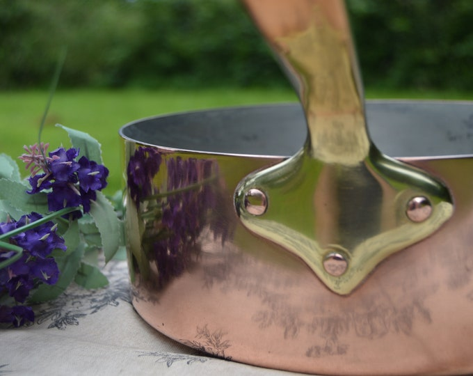 1.6mm Copper Frying Saute Skillet Copper Pan Vintage Copper Kitchen Staple 8 5/8 inch 22cm Refurbished Good Tin Minor Base Dent