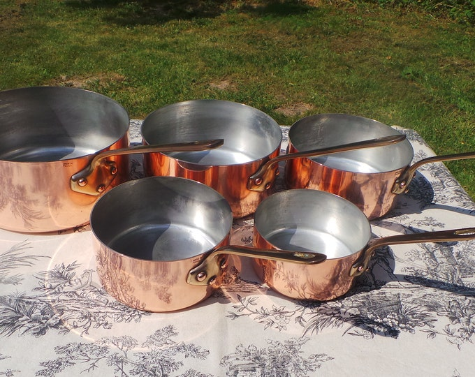 Copper Pans Made in France Set Five Vintage French 1.4-1.9mm Copper Graduated Pans Bronze Handles Refurbished Tin Perfect Balance Villedieu