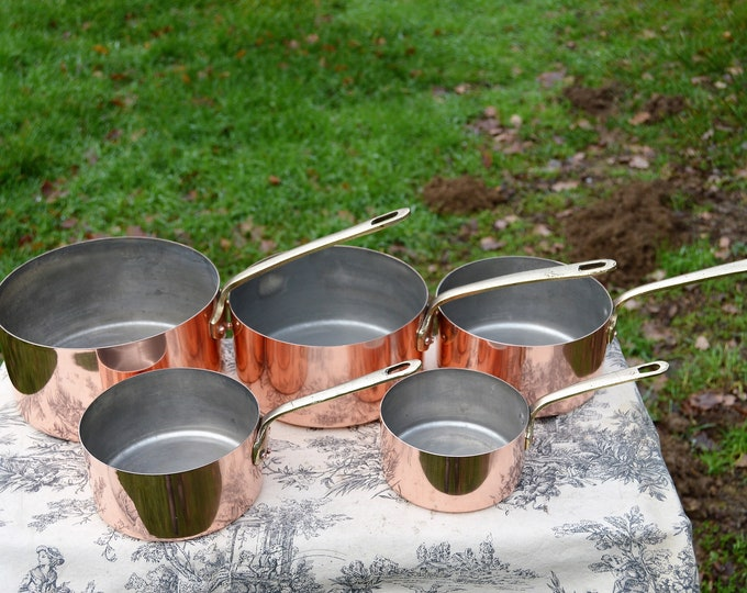 Set Five Vintage French Copper Graduated Pans Cast Bronze Handles Metal Ouvres Vesoul Made in France Well Used Good Seasoned Tin