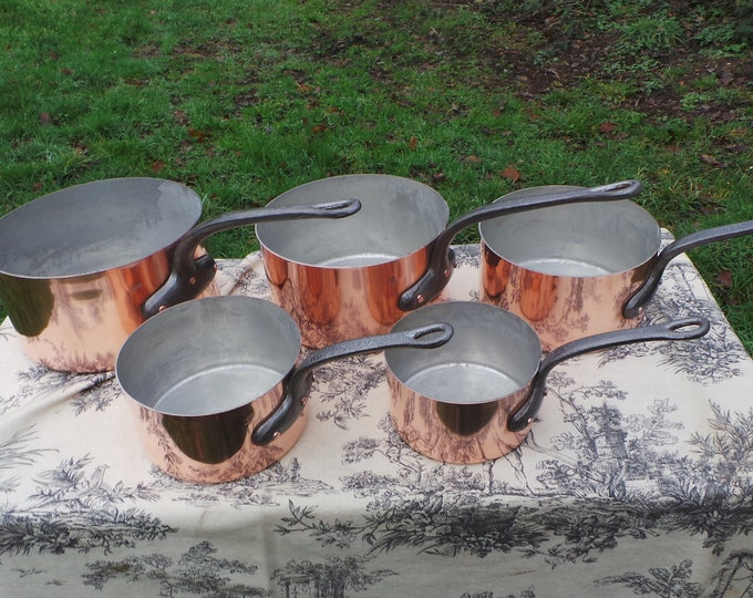 Villedieu Copper Pans Fully Stamped Set Five Vintage French Made in France 1.1-1.3mm Copper Graduated Pots Iron Handles Good Factory Tin