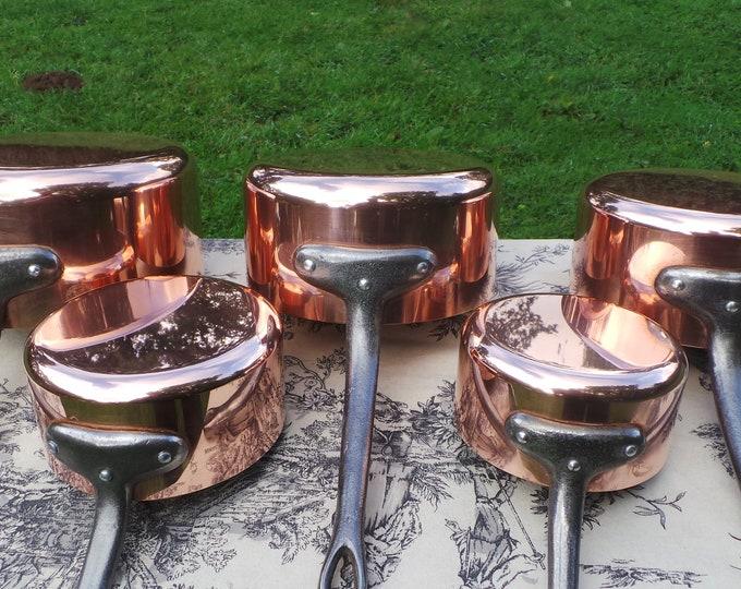 Copper Pans Les Cuivres de Faucogney Set of Five Vintage French Copper Professional Graduated Pans Cast Iron Handles 12-20cm Larger Set 7490