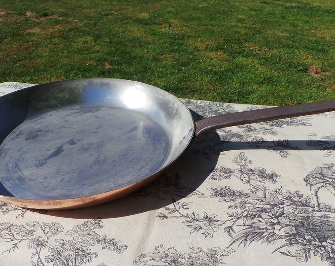 Copper Frying Serie Speciale Villedieu 1.5mm Saute Skillet Quality Copper Pan Vintage French Copper Big Kitchen Staple Beautiful Condition