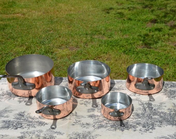 Copper Pans Les Cuivres de Faucogney Set of Five Vintage French Copper Professional Graduated Pans Cast Iron Handles 10-18cm Set
