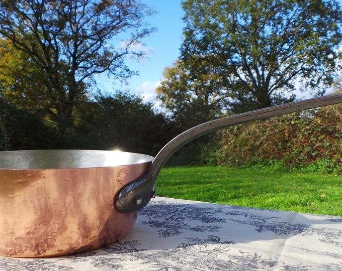 Copper Pan 2.2mm Sauteuse Évasée French Vintage Superior Vintage French Pan Windsor Pot 2.2mm 18cm Copper Signature Pan Cast Iron Handle