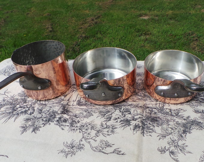 Three 1mm Copper Pans 2 + 1 Milk Vintage Fabrication Francaise Tin Lined Quality Copper Chef's Trio Cast Iron Handles Good Rivets 10,12,12cm