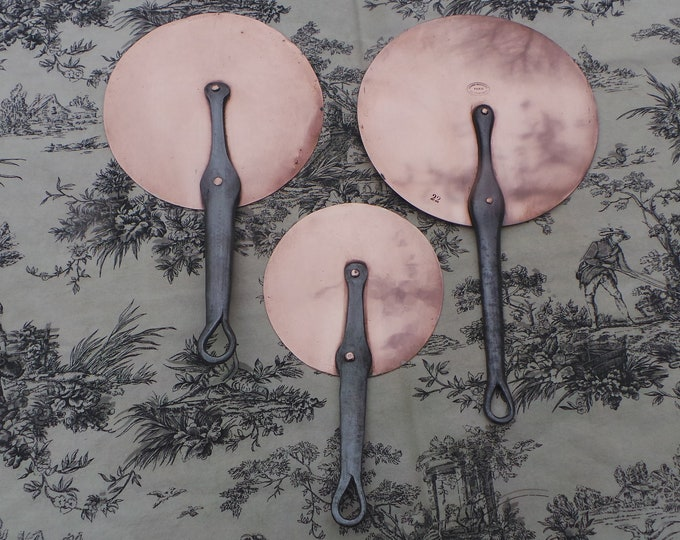Vintage Three Copper Pan Splash Lids French Copper Lids 15.5cm, 20cm and 22cm Ideal for Set of French Pans Saucepan Set Grands Magasins