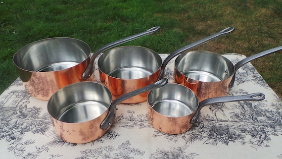Copper Pans Vintage E France Fabrication Francaise Set of Five French Copper 1mm Graduated Pans Cast Iron Handles Good Normandy Kitchen