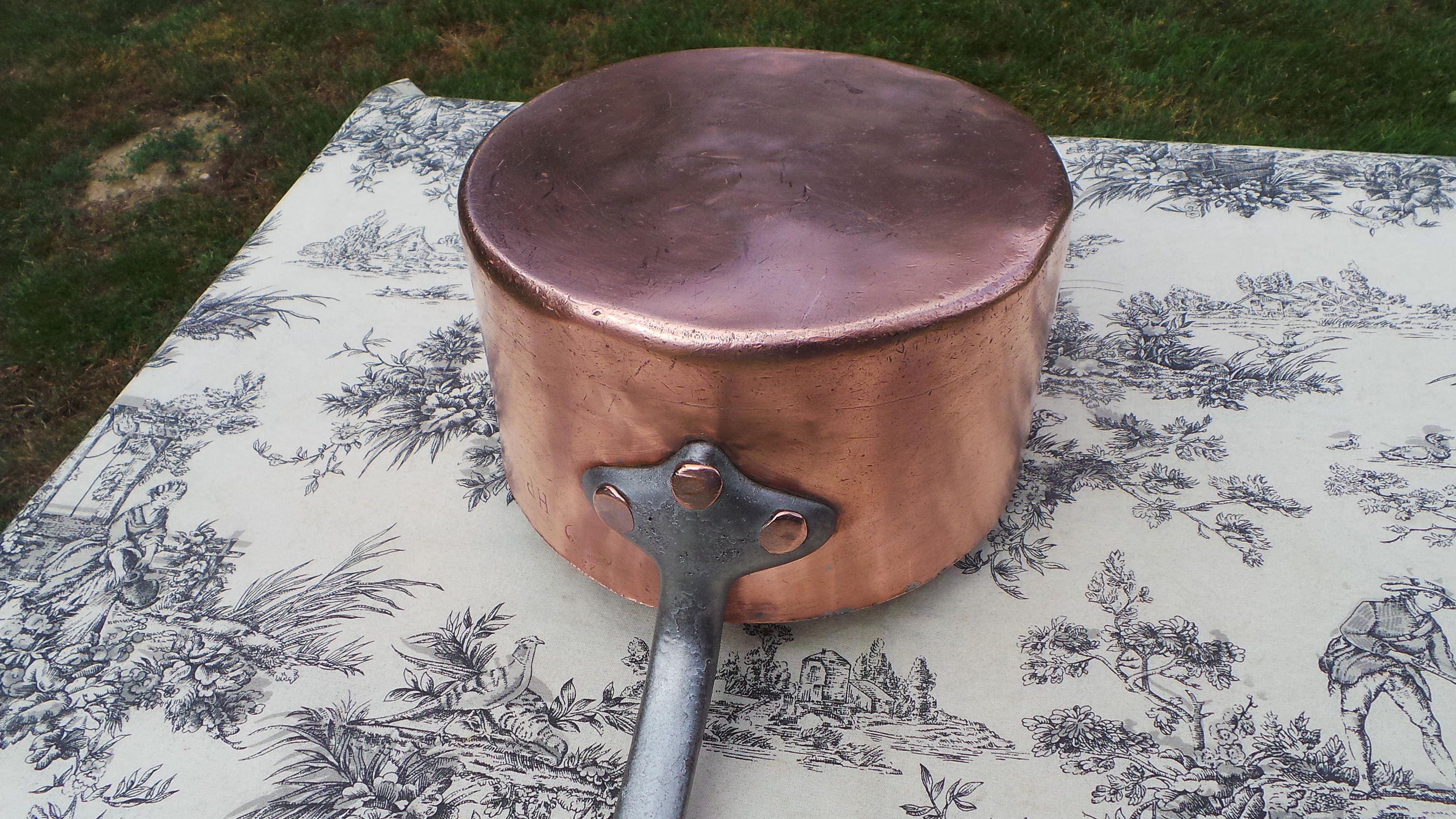 Antique French Copper Pan Professional Sauce Pan Grands