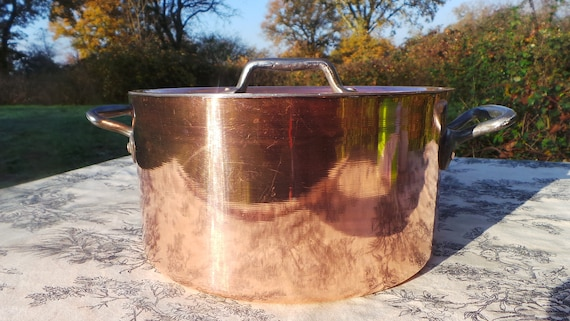 "Faitout Round Pot French Copper Casserole with Lid 1.6mm New Hand Wiped Tin Good Size 22.5cm 9"" Super Condition Special Vintage Dutch Oven"