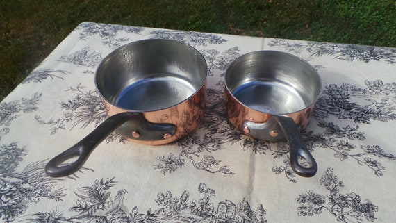 Two 1.9mm Copper Pans Serie Speciale Vintage French Professional Heavy Copper Chef's Pair Cast Iron Handles BIG Heavy Rivets 12cm and 14cm