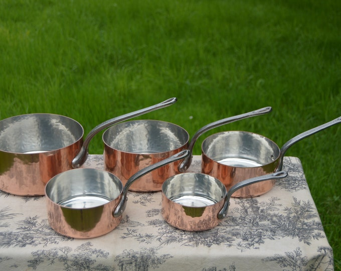 Vintage Copper Pans 5 1.8mm French Factory Tin Set Five Graduated French Vintage Fabrication Francaise Hammered 12cm-20cm Gorgeous!
