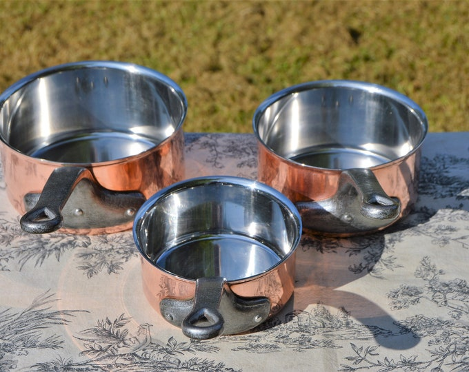 Copper Pans Bourgeat Vintage French 2.5mm Set Three Graduated France Exceptional Hotel Quality Steel Rivets Stainless Steel Lined