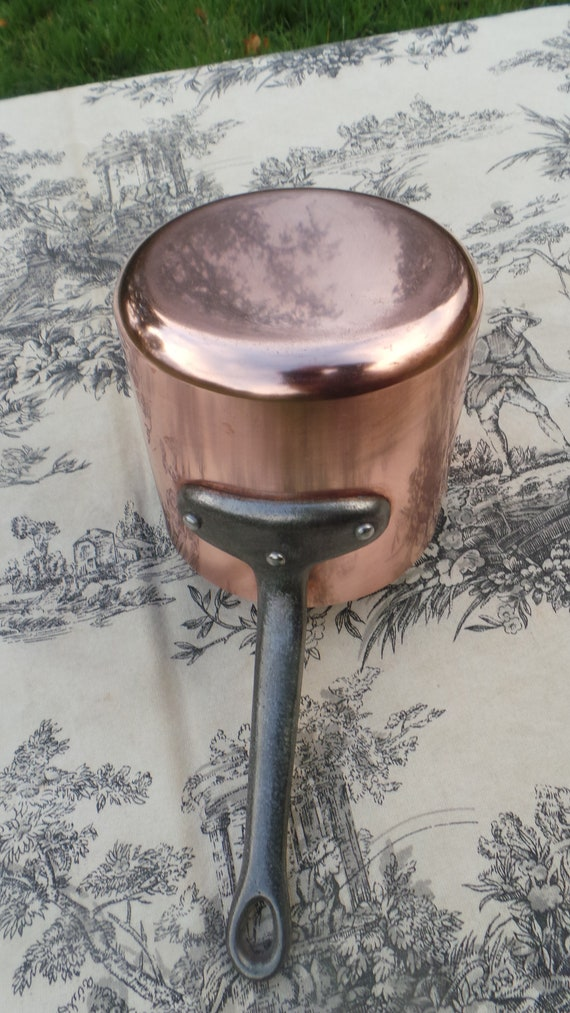 Copper Pan 1.25mm Small But Tall Milk Sauce Pan French Copper Tin Lined Iron Handle Pouring Spout Normandy Kitchen Dark Tin Good Condition