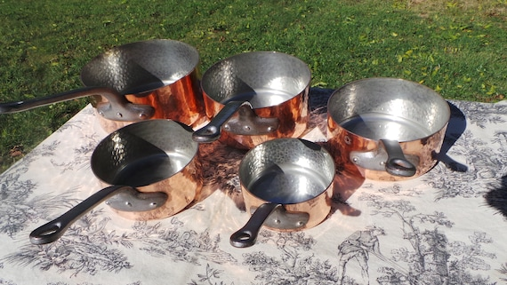 Copper Pans 2mm Fabrication Francaise Hammered Tin Lined Vintage French Copper Professional 1.8-2.0mm Bespoke Balanced Set Cast Iron Handles