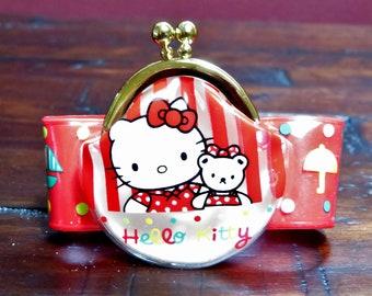 6800c6e53a03 Vintage Sanrio 1992 Hello Kitty Kiss Lock Vinyl Coin Purse Bracelet