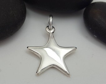 20 x Silver Plated Solid Star Charms