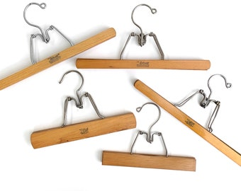 Classy Clamps Wooden Quilt Hangers  4 Small Clips Dark and Screws for Wall