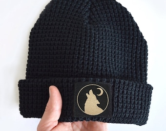 THE WITCHER WHITE WOLF SLOUCH  BLACK KNIT BEANIE//HAT