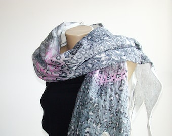 Animal printed scarf Gray pink white Wool scarf Nuno felted scarf