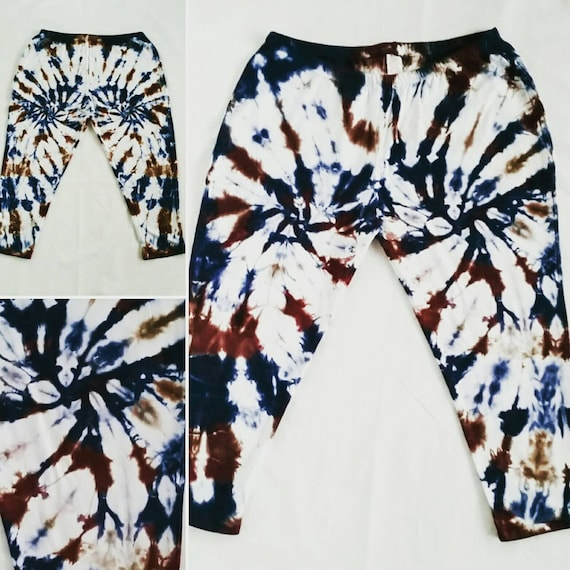 Tie Dye Capri Leggings/Hand Dyed/Womens Tie Dye in Madrone and Indigo/Eco-Friendly Dying