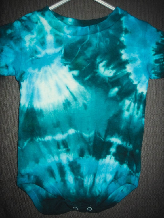 Tie Dye Baby Clothes/Short Sleeve Bodysuit/Better Blue Green Abstract Design/Eco-Friendly Dying