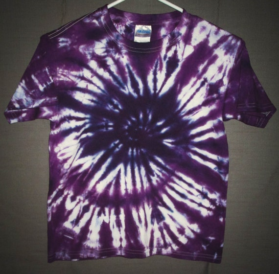 Valentines Day gift for Kids/Children/Tie Dye Shirt/Youth T-shirt/Purple Spiral Design/Eco-Friendly Dying