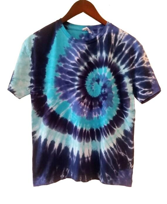 Hand Dye Blue Spiral Tie Dye Shirt/Adult T-shirt/Short Sleeve/Navy Blue, Peacock Blue & Glacier Blue  Design/Eco-Friendly Dying