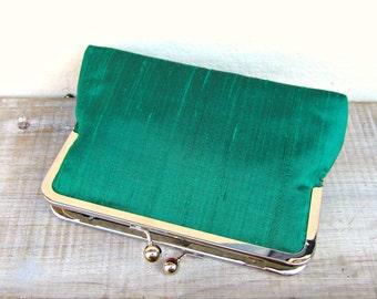 Emerald clutch, green purse, emerald bridal clutch, emerald bridesmaid clutch, green evening clutch, green clutch purse, emerald wedding