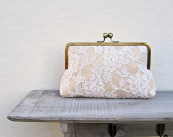 Champagne lace clutch, lace bridal clutch, gold clutch, gold and ivory wedding clutch, champagne purse, bridesmaid clutch, bridesmaid gift