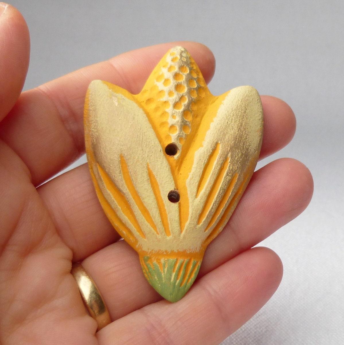 Fleur Fleur Fleur jaune en forme de bouton à coudre, bouton ...