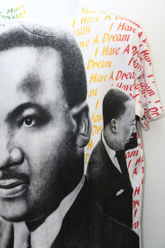 90 ' s très Rare Sz: Vintage «MARTIN LUTHER KING» All-Over-Print Tee Sz: Rare grande (exclusif) ca03f1
