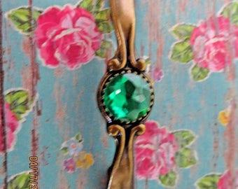WOW! Gorgeous Vintage bronze Emerald Green Cabinet Drawer Handles Pulls