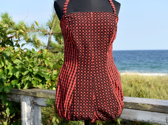 1940s Gingham and Jet Bead Balloon Seat Swimsuit o