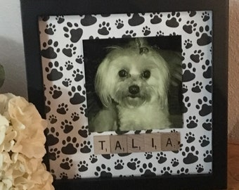Family frame, scrabble wall art, personalized frame, scrabble frame, scrabble tiles, dog frame, pet themed gift