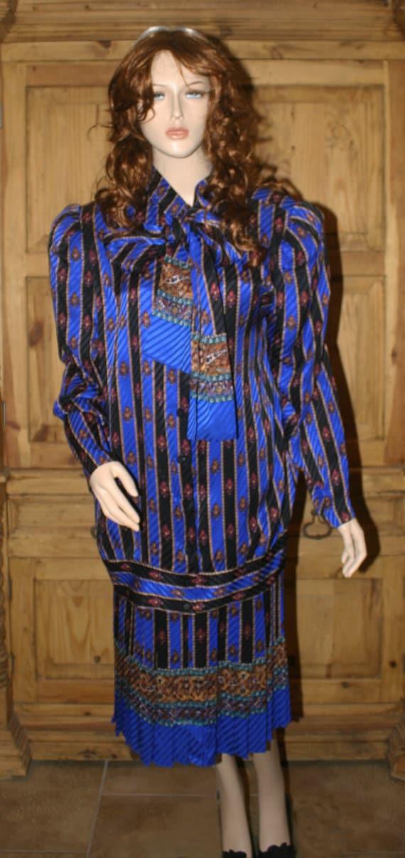RICHARD WARREN Vintage Designer Elegant Blue Black