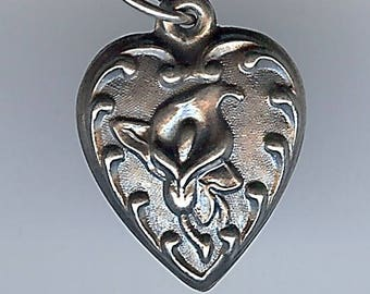VINTAGE STERLING SILVER puffy heart with calla lily flower charm
