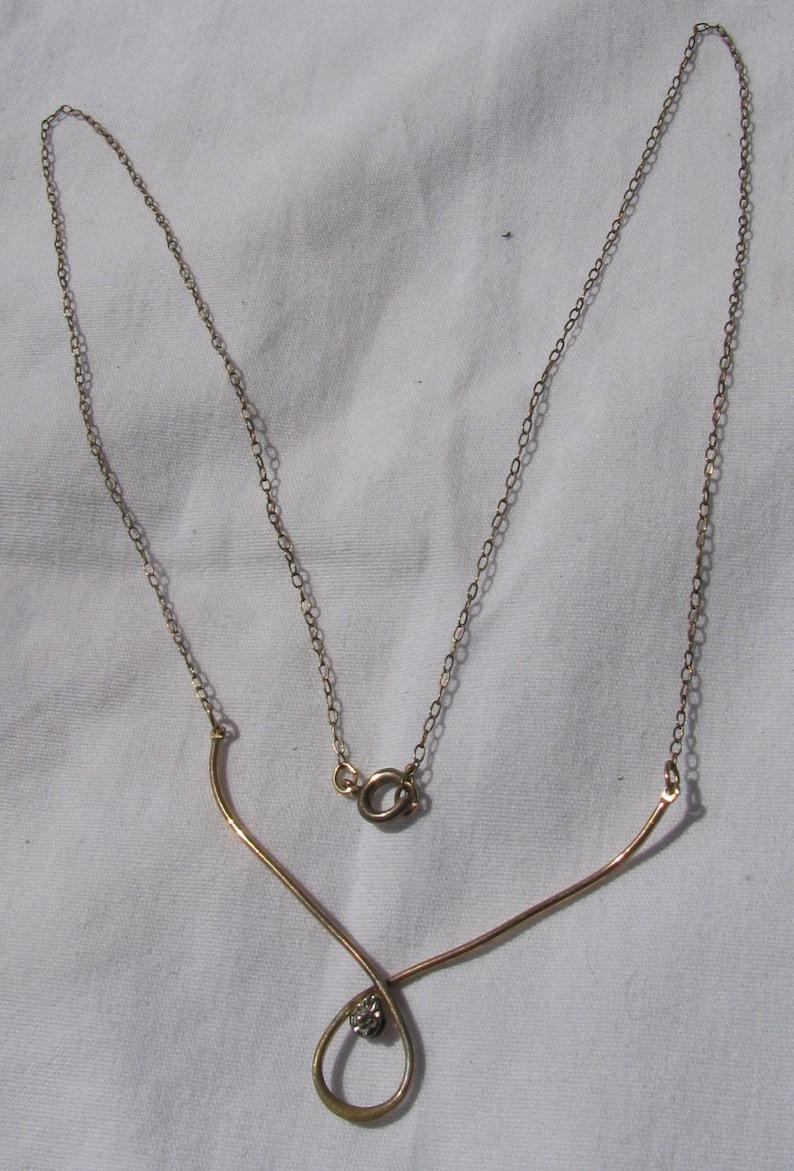 Retro 1960/'s Era AVON 14K Gold Filled Delicate Necklace 18.5 Wrapped Wire Center