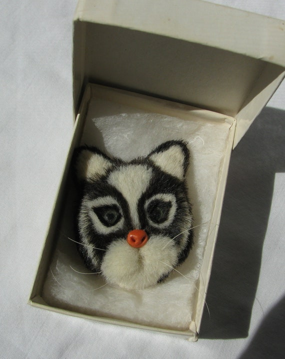 Black /& White Kitty 2.25 by 1.75 Unique Feline Incredible Mid Century Vintage Hand Made Faux Fur Tuxedo Cat Brooch